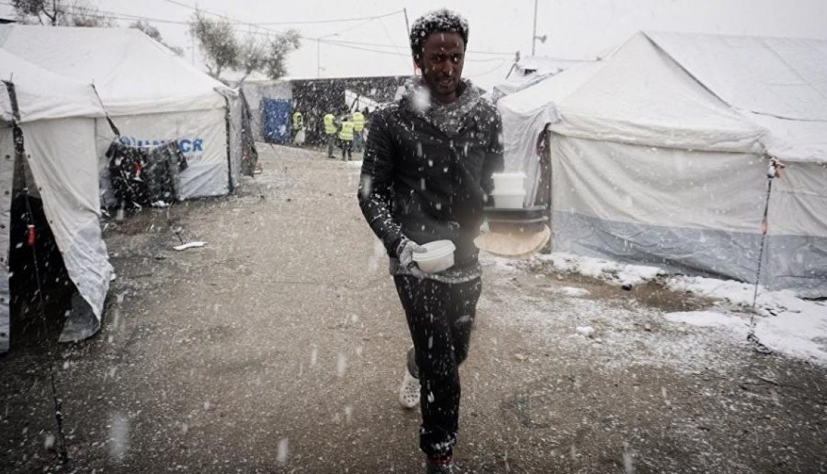 Greece: Move Asylum Seekers to Safety Before Winter Hits 13 Groups Open Campaign to End Containment Policy